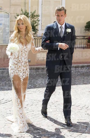 Berdych sexy wedding dress